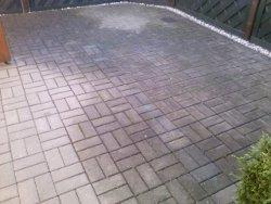 Terrasse_vor_der_Reinigung_250